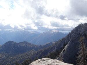 Scenic photo of the Yosemite Valley in California